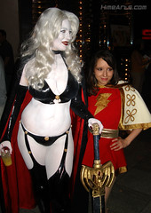Lady Death (bellechere) & Mary Marvel (me) (A_Riddle) Tags: costume cosplay mary 09 marvel dragoncon shazam bellechere ladydeath dcomics marymarvel dc09 dragoncon09