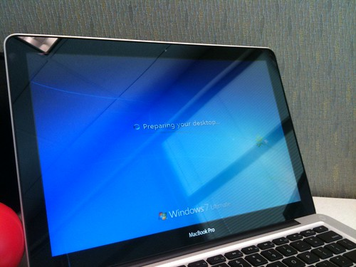 Windows 7 Ultimate 64bit on Macbook Pro 13""