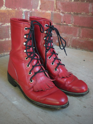 Etsy: Vintage Lace Up Boots