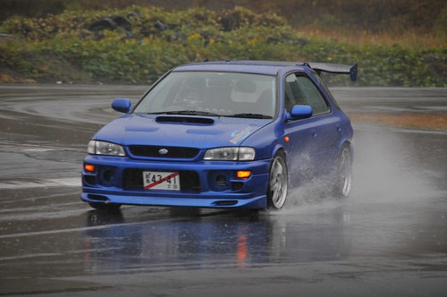 Although this impreza wasnt the best drifter out there, its still cool.