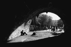 Tunel (Paula Pez) Tags: barcelona blanco la y negro tunel escalador fuxarda