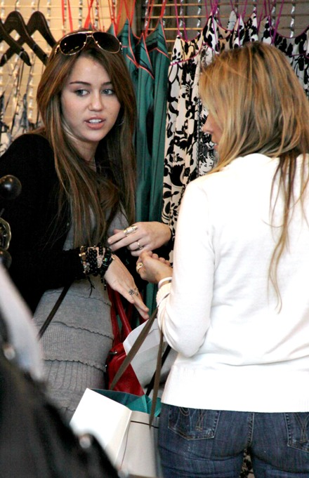 miley-cyrus-americana-marvelous%20%284%29