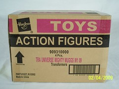 TRA Universe Mighty Muggs W1 09 (JTKranix) Tags: eye prime bumblebee robots more transformers disguise than optimus universe mighty megatron autobot meets decepticon muggs soundwave the in kranix