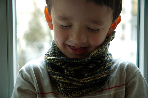 Kids Cowl in STR mediumweight Monsoon