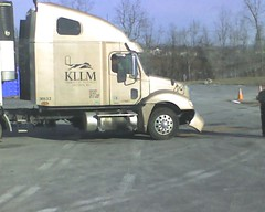 KLLM TEAM truck aftermath img947 (aortali1375) Tags: shozu truck accident pa harrisburg kllm
