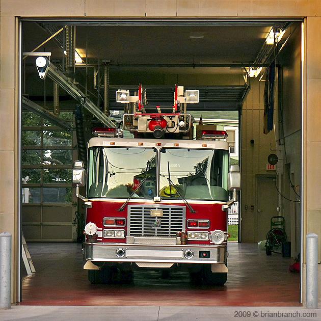 P1020901_firetruck