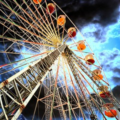 Ferris Wheel (Heaven`s Gate (John)) Tags: travel carnival england smile wheel circle fun big view steel fear structure gloucester ferriswheel gondola bigwheel amusment funfair height exciting 50faves 10faves 25faves johndalkin heavensgatejohn p1f1 wowiekazowie