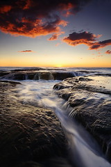 Another Red Cloud Angle (Tim Donnelly (TimboDon)) Tags: ocean sea sunrise australia nsw cokin bungan