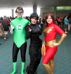 Comics are Rad (Roxanna Meta) Tags: phoenix comics dc costume comic cosplay domino marvel greenlantern sdcc travelingpants sdcc2009