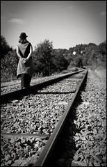 ..:: Être dans les rails ::.. (Yoggibat) Tags: blackandwhite white black hat girlfriend noir sigma rail chapeau hippie blanc copine limousin lightroom 2470 hautevienne babacool noietblanc voieferrée choups lasériedusamedi sigma2470mmf28dgmacroex monochromeaward rilhacrancon