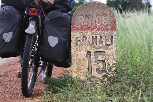 Frontiere Mali, 15 km.