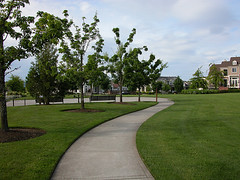 lots of green space at Orenco (by: Lisa Town, creative commons license)