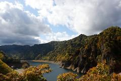 豊平峡展望台から定山湖を見下ろす