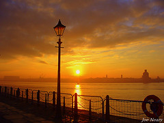 liverpool sunset (exacta2a) Tags: water liverpool sunsets rivers ferries merseyside rivermersey contrejoure