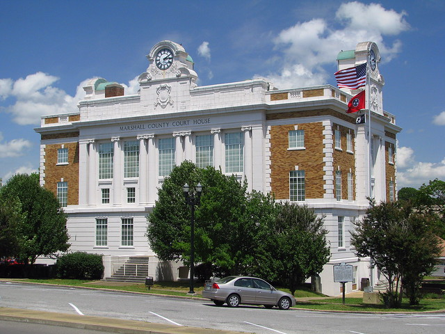 Marshall County Courthouse 1