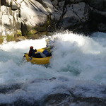 """Liz's raft getting a big hit in The Flume rapid <a style=""""margin-left:10px; font-size:0.8em;"""" href=""""http://www.flickr.com/photos/25543971@N05/3196889933/"""" target=""""_blank"""">@flickr</a>"""