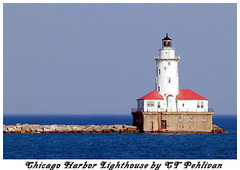 Chicago Harbor Lighthouse (CTPPIX.com) Tags: usa lighthouse lake chicago closeup architecture america illinois midwest zoom olympus lakemichigan il e300 denizfeneri ctpehlivan christpehlivan ctppix sikago zuiko150mm