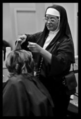 The Moonlighting Nun (Angevinn) Tags: bw white chicago black halloween apple k photoshop aperture focus pentax cosina mount 55mm adobe manual 12 lakeview 2008 halsted boystown cs3 cosinon k100d