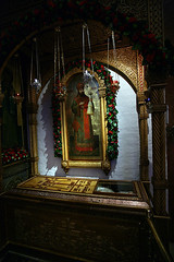 San Hilarion Troitsky, arzobispo ortodoxo mrtir (abarrero2000) Tags: saint shrine russia moscow holy martyr orthodox santo relics reliquien arca schrein archbishop reliquary arzobispo martir urna heilige martire reliquias reliques chsse relicario reliquaire schrijn reliquienschrein