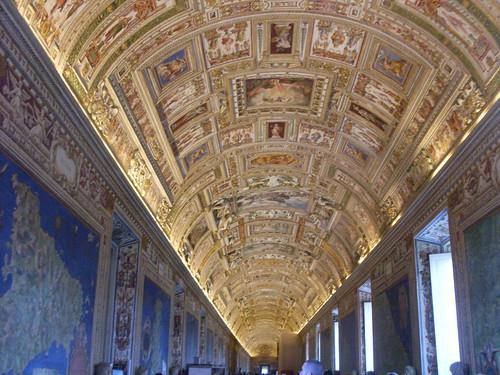 Ceiling, maporium