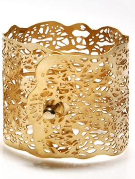 gold coated fan shell bracelet