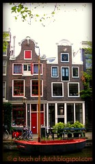 Amsterdam: Egelantiersgracht (A Touch of Dutch) Tags: red holland netherlands amsterdam boot boat canal blog gevels nederland bicycles holanda rood paysbas fietsen niederlande gracht egelantiersgracht canalhouses  grachtenpanden atouchofdutch