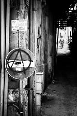 anarchy in palermo (vendesi hotel) (lulazzo [non vede, non sente, non parla]) Tags: street people italy nikon italia sicily anarchy noentry nikkor palermo sicilia città citi divieto d300 divietoditransito lulazzo lucasavettiere anarchyinpalermo