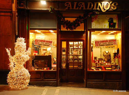 bAladinos/b Perfumería en la calle Chapitela