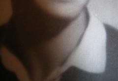 Gabriella Romano, Il mio nome è Lucy. L'Italia del XX secolo nei ricordi di una transessuale, Donzelli 2009: Tav. n. 1 fuori testo: ritratto fotograf. b/n di Lucy (part.), 8