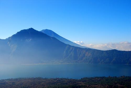 山真的很美