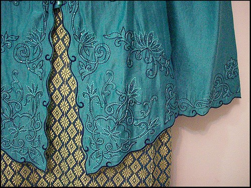 ... , Baju Kurung and Corset in petite and plus size. - Fotopages.com