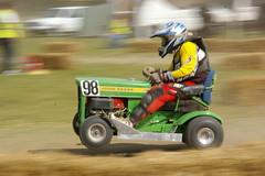 Mower Racing (spaldingr) Tags: hall mower racinglawn mowerblake