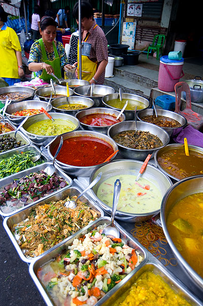 Curries at Hat Yai's evening market