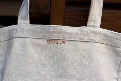 Tote Bag Date