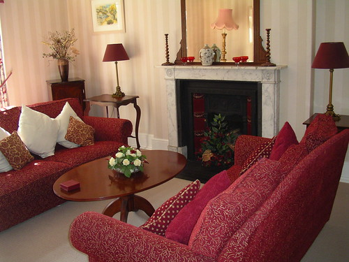 Sitting Room (red)