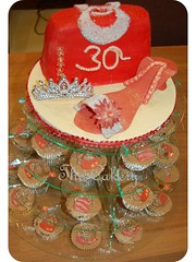 Cupcake Tower - Handbag and Shoe (CakeGarden (Svarna)) Tags: wedding red cakes cupcakes shoes little 30thbirthday delivery handbags cupcaketower weddingcakes hangbag eggless valentinesdaycupcakes cakery cakegarden asianweddingcakes cupcakeslondonwwwthelittlecakerycoukthe