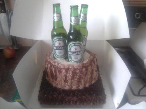 beer glass cake. Heineken eer cake