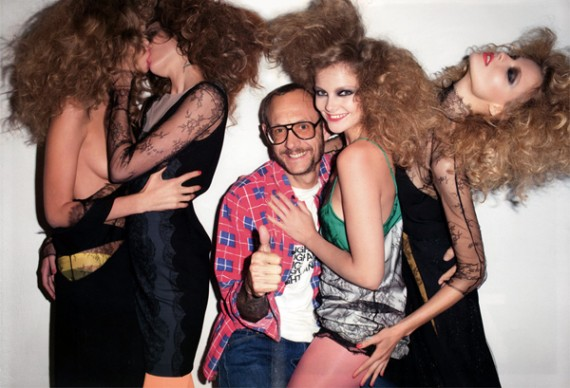terry_richardson_purple_magazine_7-570x388
