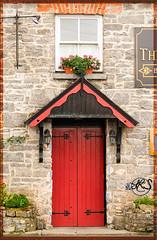 Abbey Tavern -- Quin (lisanh1) Tags: ireland quin abbeytavern