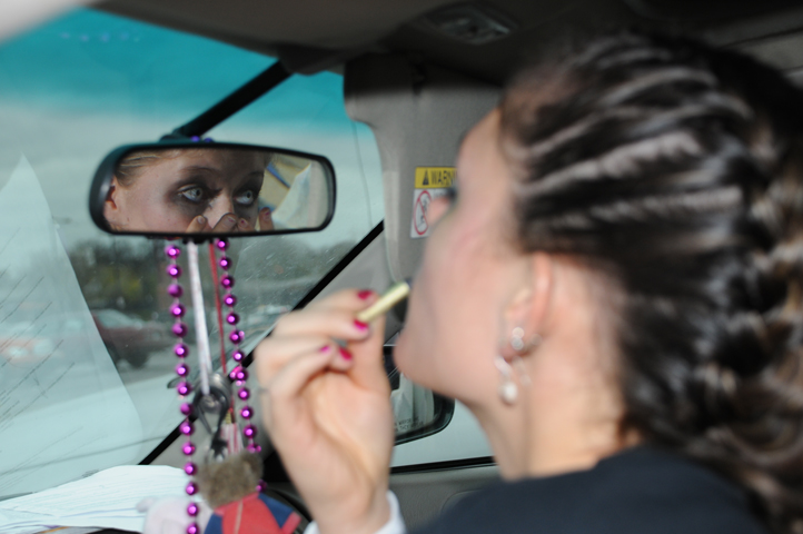 women applying halloween makeup in car_6804 web