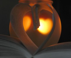 A love of reading..... (stephalie1977) Tags: love book candle 20365 hpad hpad200109