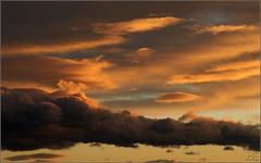 Windy winter sunset (Ubierno) Tags: sunset cloud atardecer tramonto windy viento nuage nube ventoso colorphotoaward ubierno