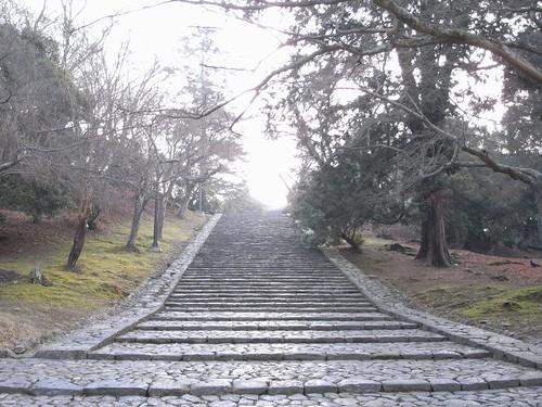 早朝の東大寺(二月堂編)-01