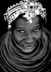 Samburu girl with bead necklaces and headdress - Kenya (Eric Lafforgue) Tags: africa portrait people face beads eyes kenya culture tribal yeux human tribes bead afrika tradition tribe ethnic kenia tribo gens visage regard headdress afrique headwear ethnology headgear tribu eastafrica rift beadednecklace coiffe quénia 5571 lafforgue ethnie ケニア quênia كينيا 케냐 кения beadsnecklace keňa 肯尼亚 κένυα кенија humainpersonne кенијa