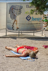 Hot (Kurt Stragier) Tags: beach bikini sunbathing croatie biograd