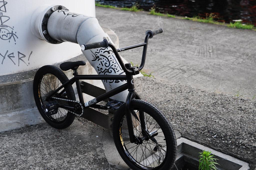 TKTK's flybikes Luna 02