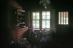Inside (Black.Doll) Tags: abandoned rural florida country tinroof crackerhouse jacksoncounty
