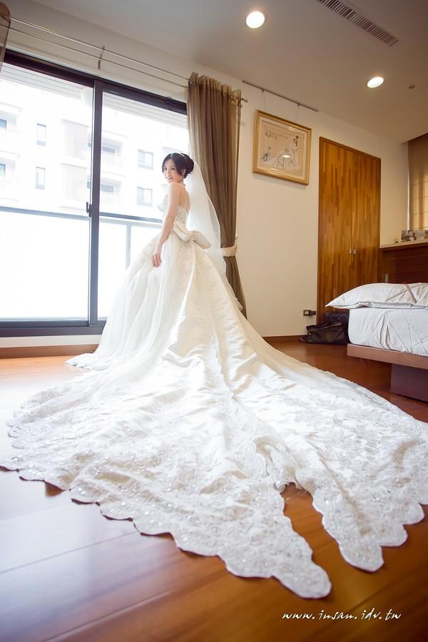wed110326_0544