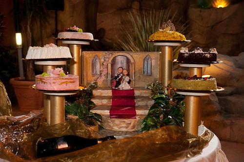 Il Cake Topper Carabiniere al momento del taglio della torta