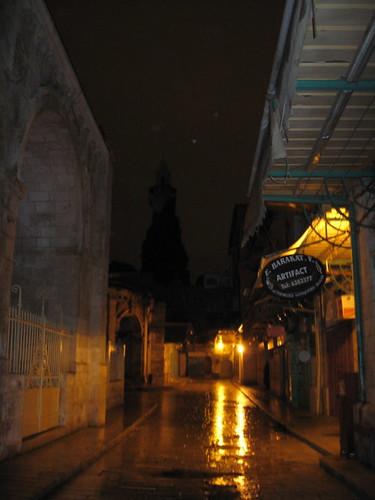 ירושלים העתיקה. 2 בלילה. ערב חג המולד.
